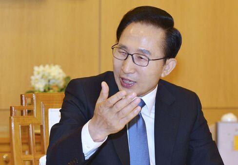 South Korean President Lee Myung Bak