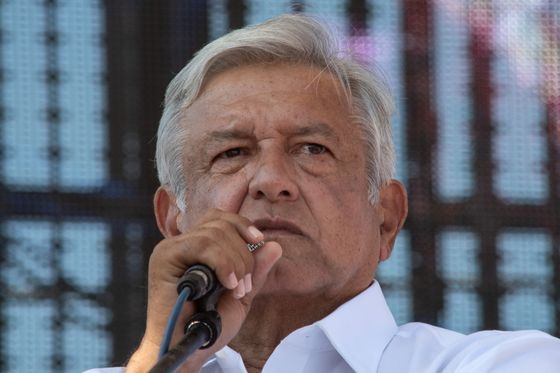 Mexico's AMLO Scraps $13 Billion Airport Project; Peso Plunges