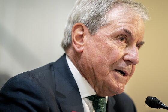 Powell Picks Up an Endorsement From a Senior House Democrat