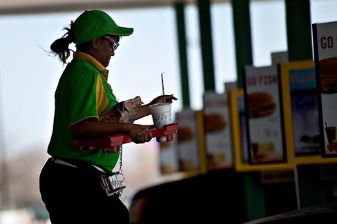 This Is What Would Happen If Fast-Food Workers Got Raises