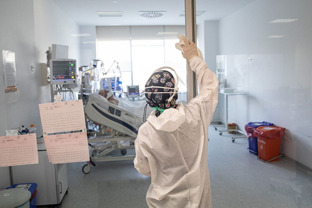 Turkey Bans Public Health Workers From Quitting or Retiring