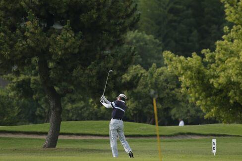 岐路にあるゴルフ