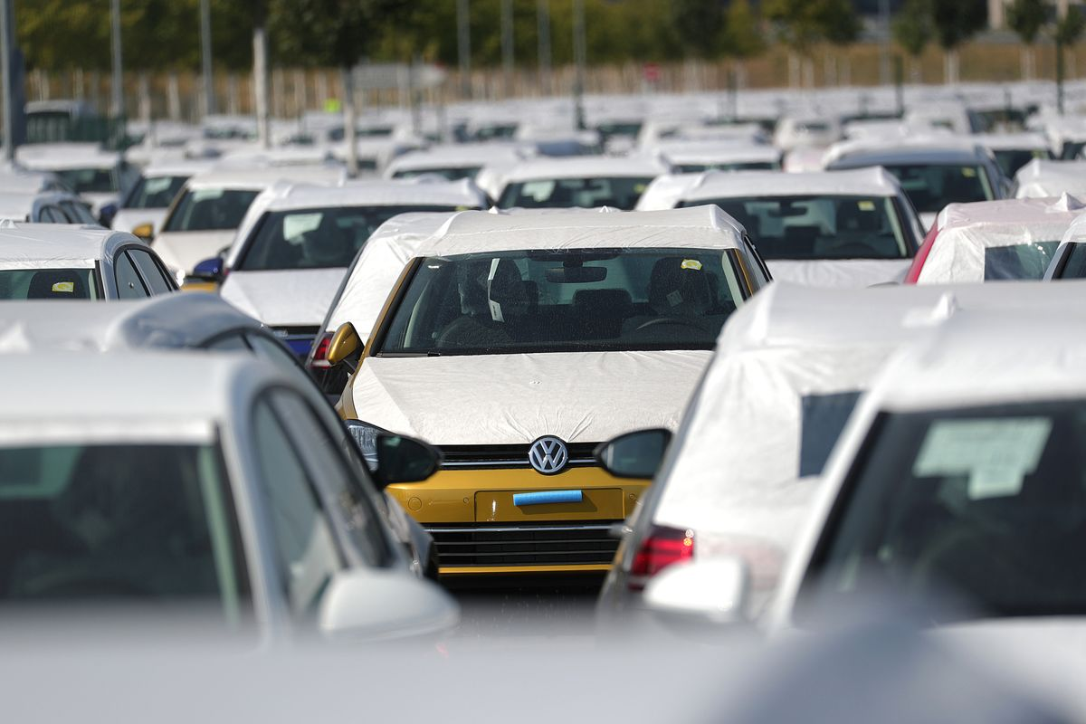 VW Owners Look to Disqualify Judge in Diesel-Cheating Suit for 'Favoritism'