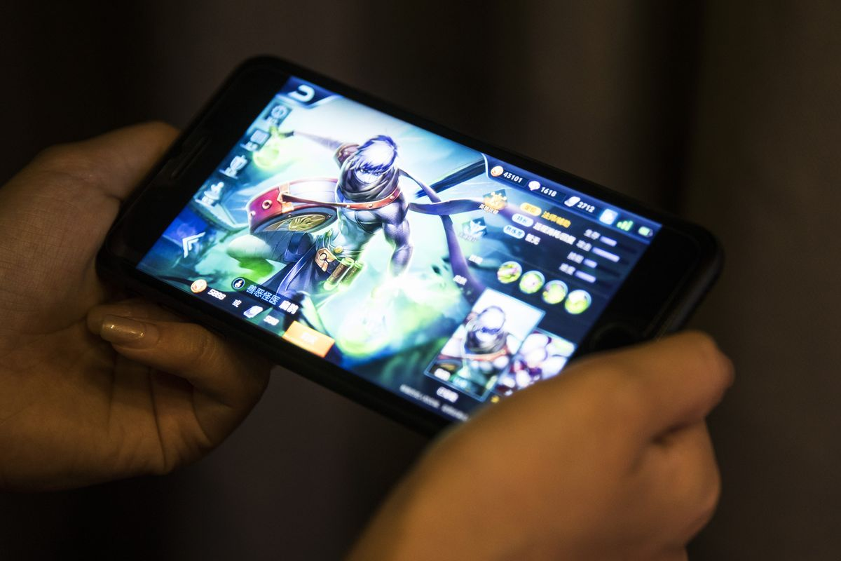 Tencent Presses Chinese App Stores for Bigger Cut of Game Sales
