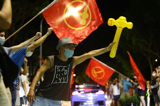 Singapore's Expat Angst Forces Simmering Political Debate