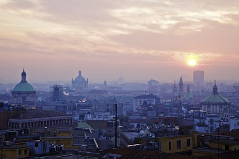 Italy Goes on Sale to Chinese Investors as Recession Bites