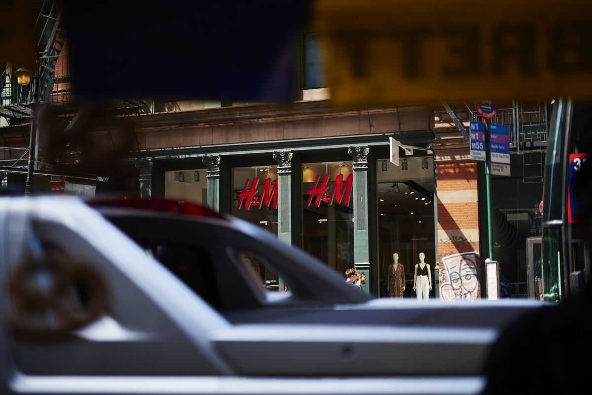 H&M Sales Rise for Fifth Straight Quarter