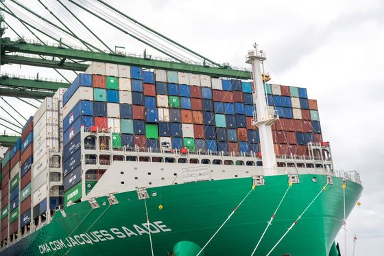 Global Shippers Surf Demand Wave Bound for Covid Economy Fog