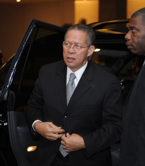 Jamaica Opposition to Seek Golding's Resignation