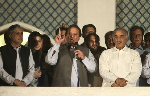 Sharif Claims Win in Pakistan Election as Vote Counting Underway