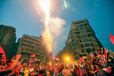 Egypt's Power Vacuum Threatens the Economy