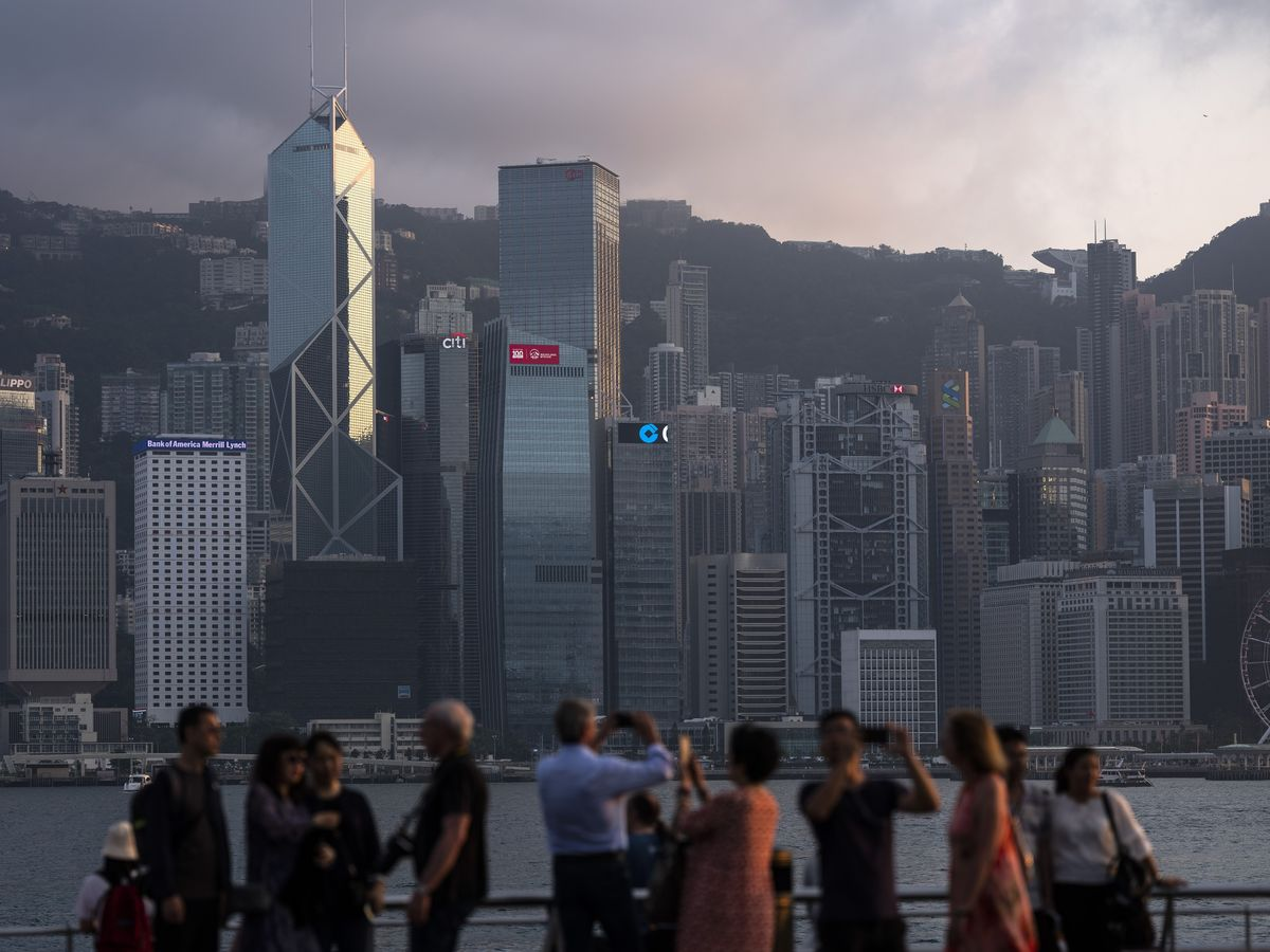 Hong Kong Should Give Each Resident HK$10,000 to Spur Demand, KPMG Says