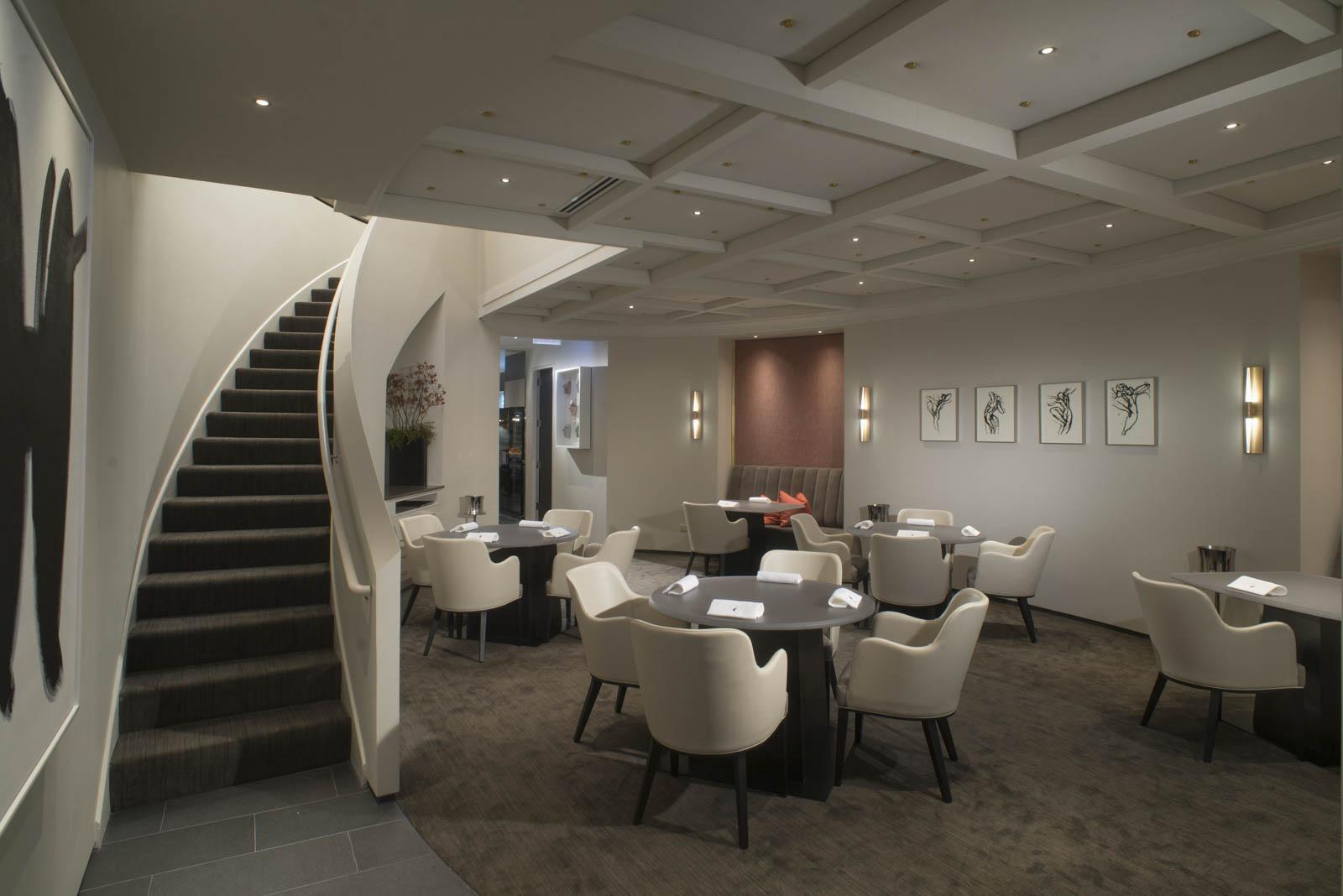 1469134881_travel-innovations-bloomberg-restaurant-alinea