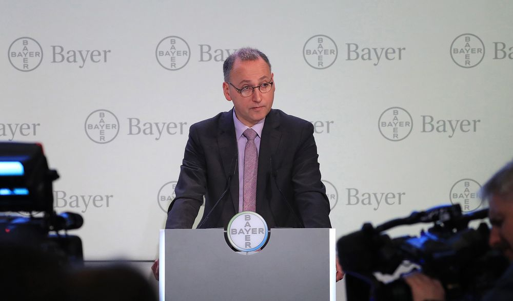 Bayer CEO Werner Baumann Loses Confidence Vote on Monsanto - Bloomberg