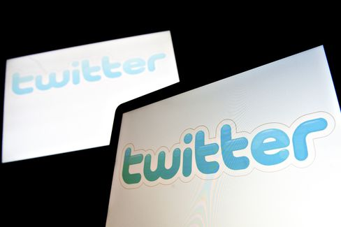 Twitter Said to Seek Deals With Viacom, NBC to Feature TV Online