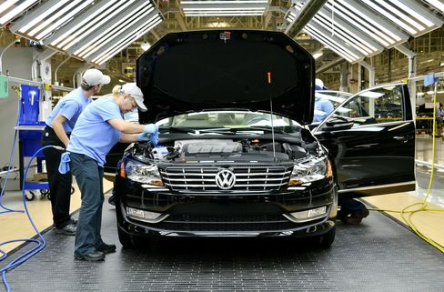 Workers Check a VW Passat Automobile in Chattanooga