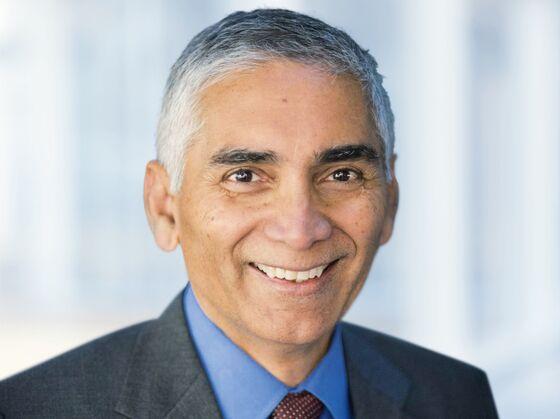 Glencore Names New Chairman to Complete Leadership Overhaul