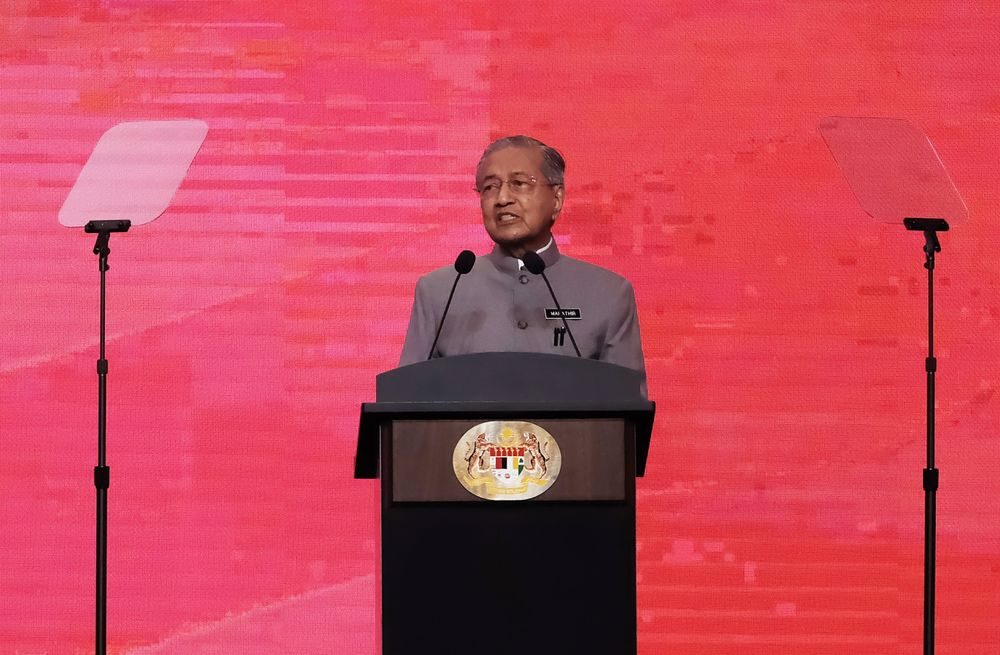 Mahathir Gets Reprieve in By-Election After Year of Discontent