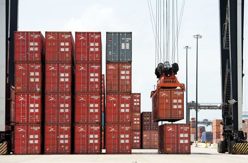 Trade Deficit in U.S. Narrowed 4%