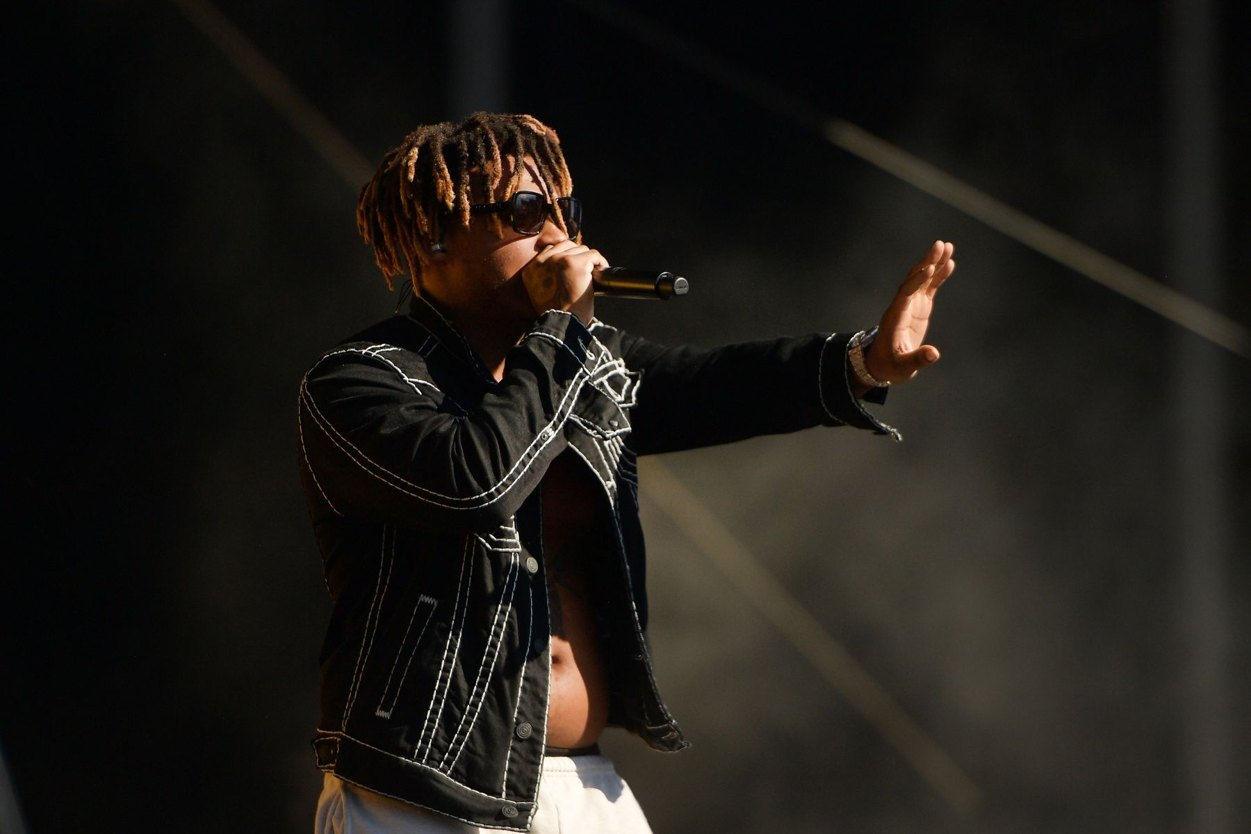 Juice Wrld Legends Never Die Shoots To Top Of Music Charts