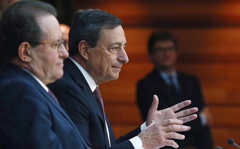 Draghi's Powerful Weapon Is Words as Markets Heed His Voice