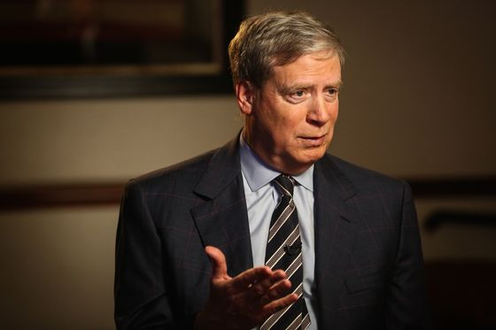 Druckenmiller Sees Blue Wave as Long-Term Drag on Stocks