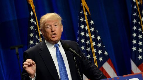 Donald Trump brings his tough immigration message to Tampa