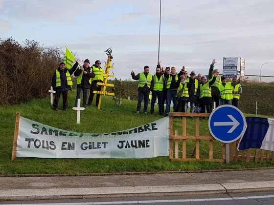 France's Yellow Vests Are Starting to Enjoy the Radical Life