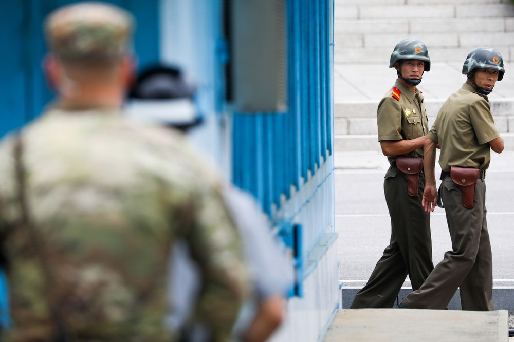 trump not planning to visit dmz during south korea trip bloomberg