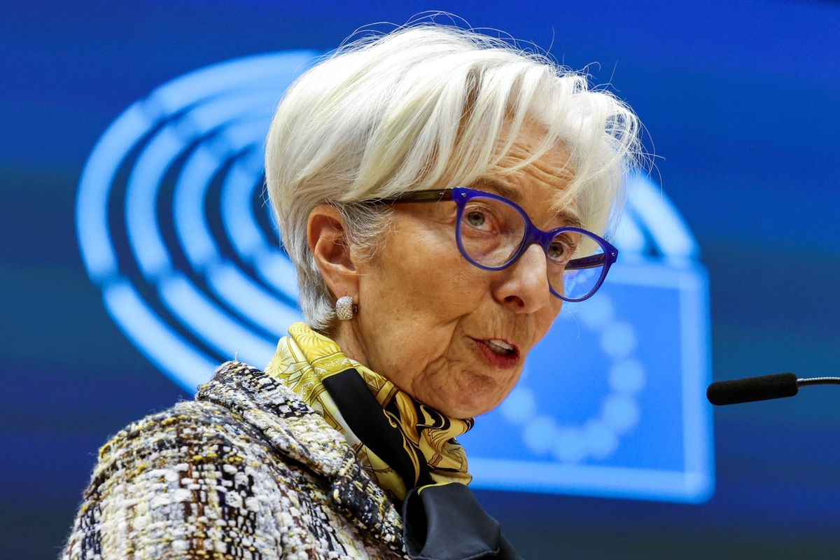 Lagarde's Big Change Means ECB Has a New Message: Eco Week Ahead thumbnail