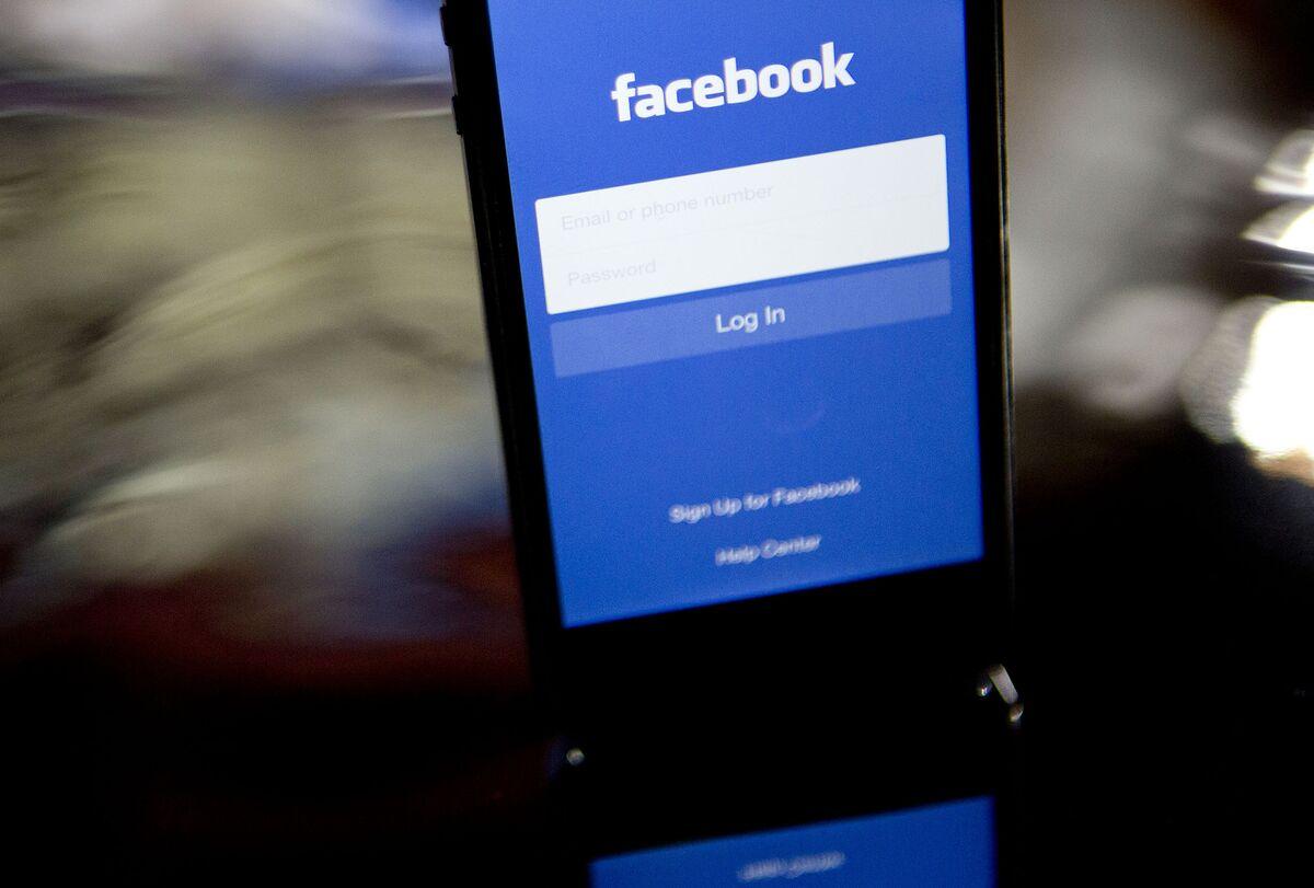Facebook Will `Do Better' to Stem Abuse, Sandberg Vows