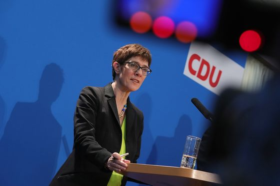Merkel's Would-Be Successors Open Campaign With Centrist Message