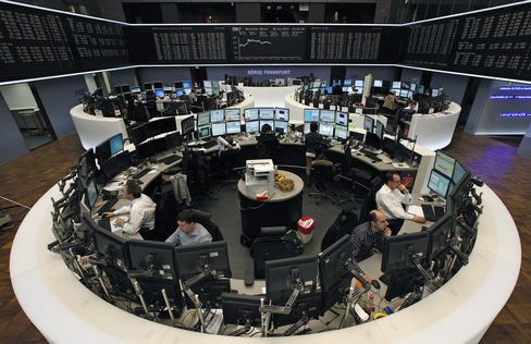 European Stocks Rise a Second Day as KPN Gains on Takeover Offer