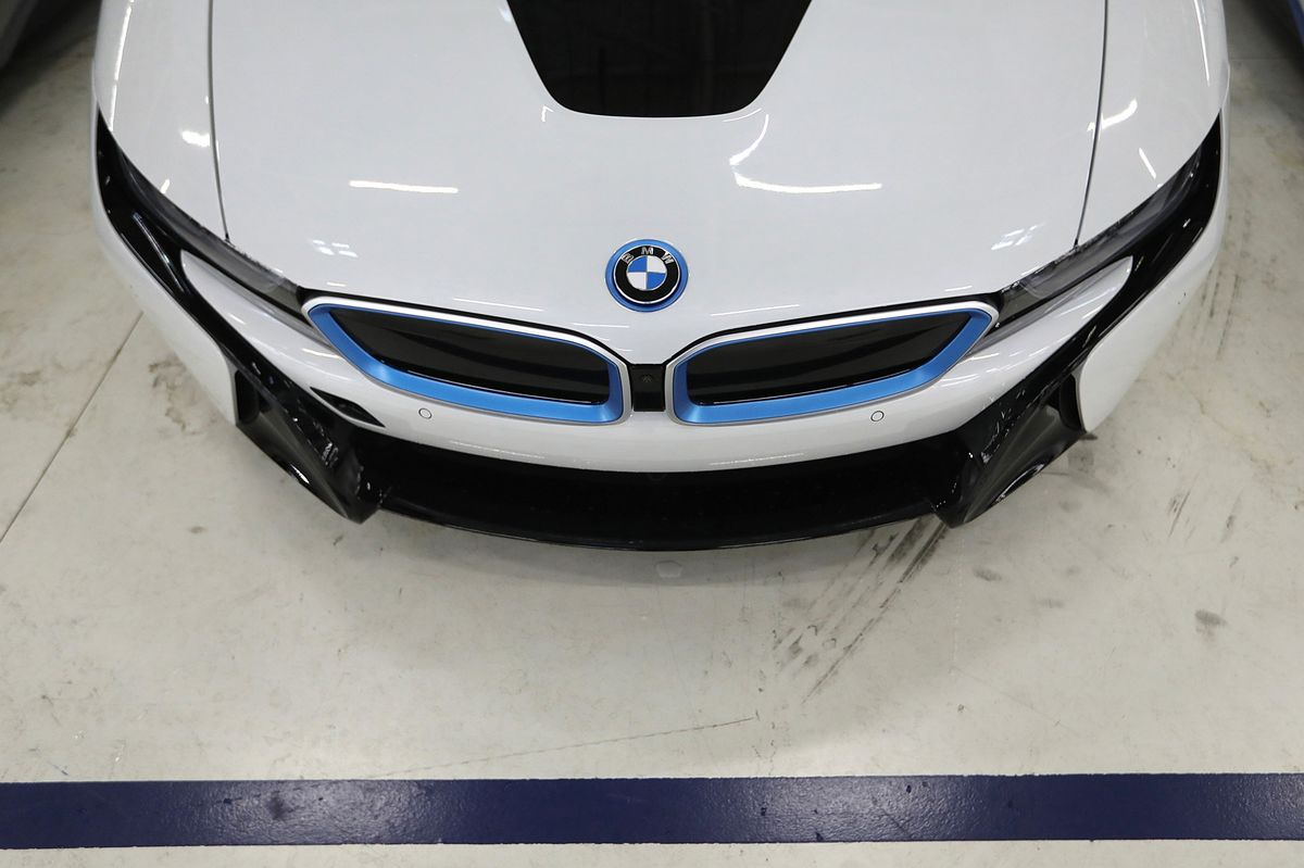 BMW, VW Reach a Painful Juncture on the Road to Electrified Fleets