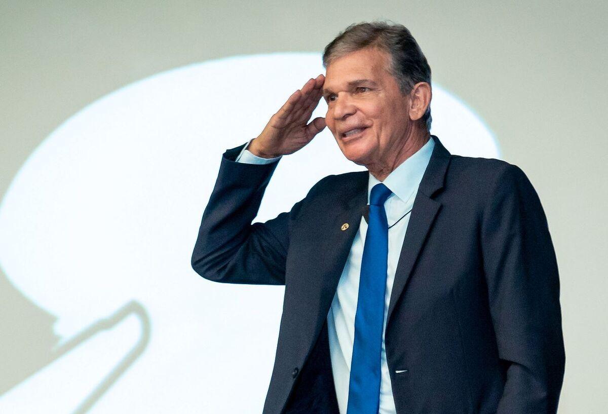 Bolsonaro's Petrobras Pick Seeks Investment, Less Volatility