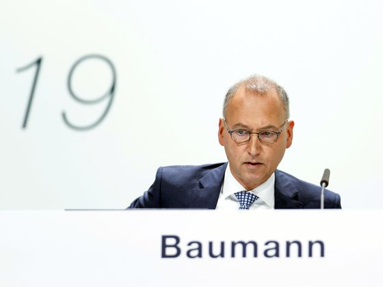 Bayer Takes Fight Back to U.S. Courts After Investor Rebuke