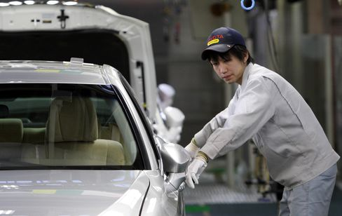 Toyota Suppliers Say Yen Drop Means Further Price Cuts Unlikely