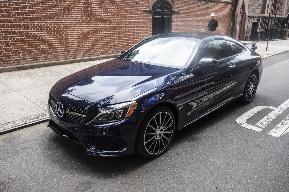 2017 Mercedes Benz C300 4matic Coupe Review A New Shot At Luxury Bloomberg
