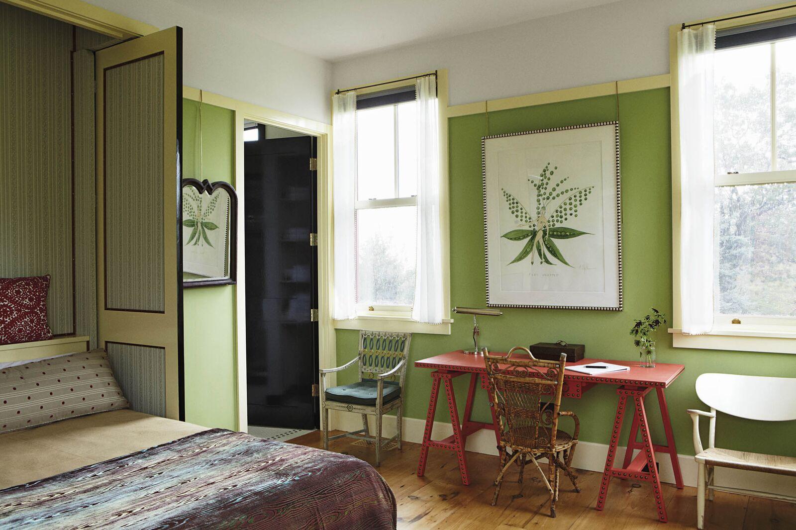 Bette Midler's guest room