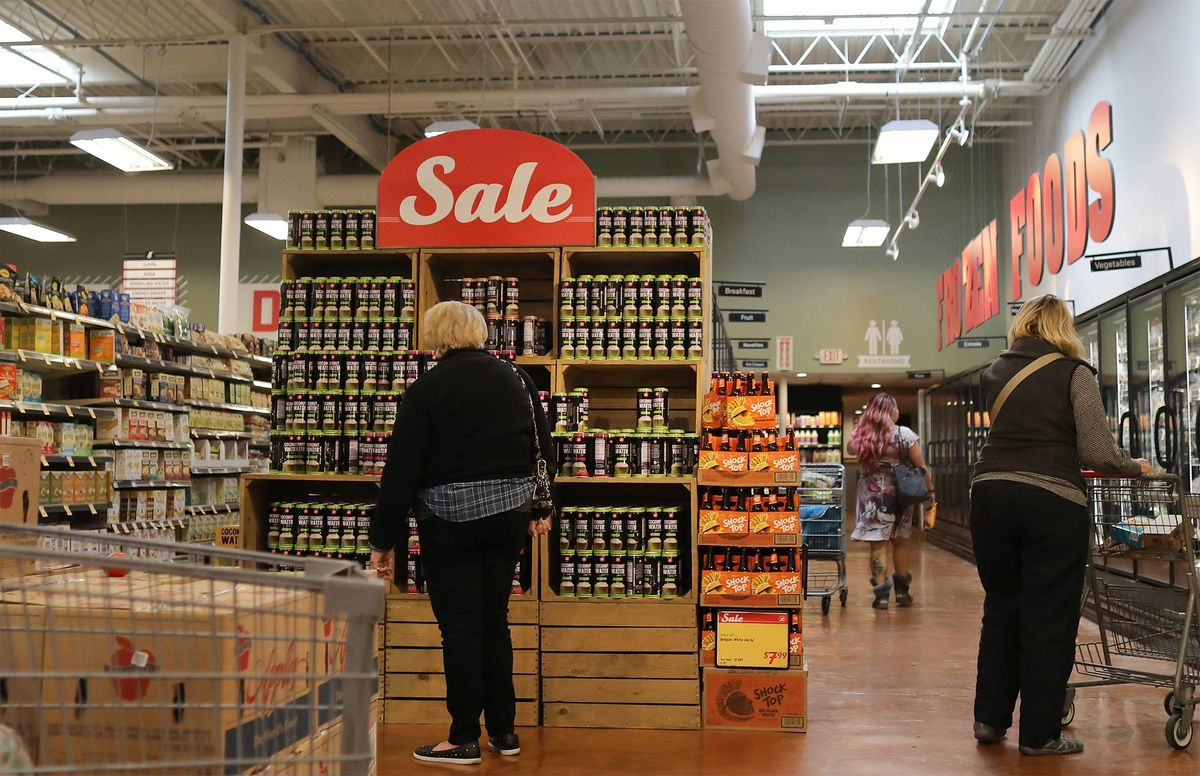 Grocery Pain Spreads as Kroger-Backed Lucky's Files Bankruptcy
