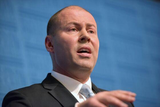 Australia Walks Back Surplus Promise on Deadly Virus, Wildfires