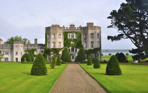 Glin Castle is located in County Limerick, Ireland, just over the Shannon Estuary from County Clare.
