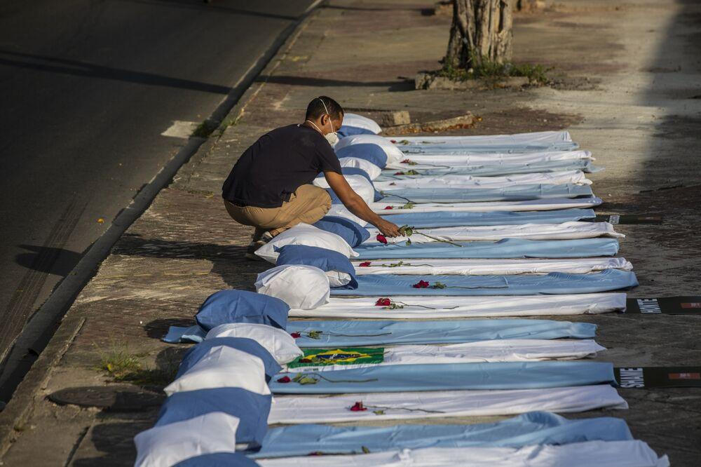 ブラジルの新型コロナ死者、比較的若い層で急増-変異株など影響か ...