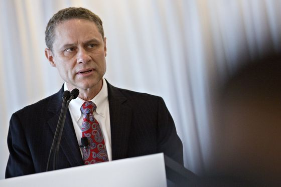 Northrop to Hand Reins to Operating Chief as CEO Plans Departure