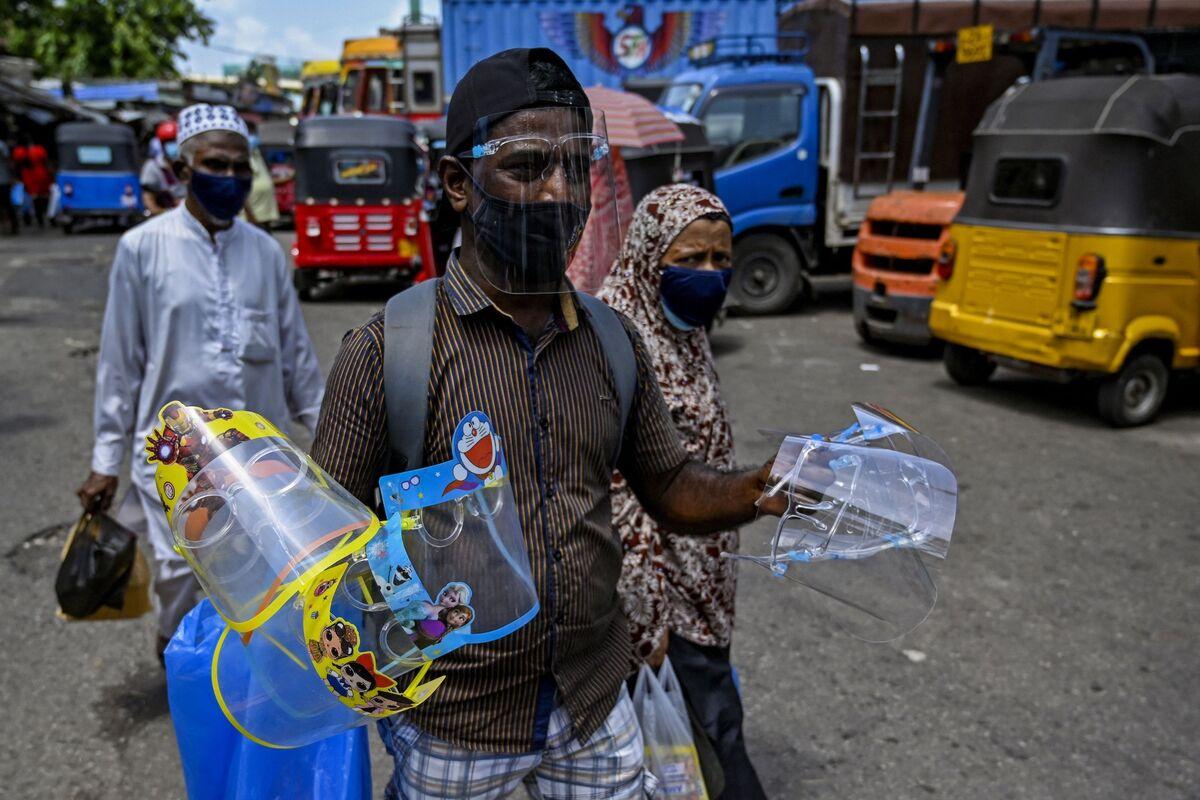 Sri Lanka to Repay $1 Billion Bond, Ending Default Threat