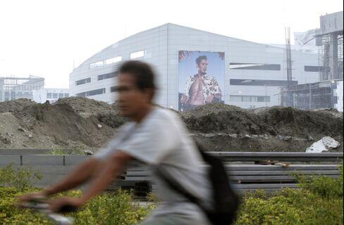 Billionaire Sy Plans $1.5 Billion Mall Expansion