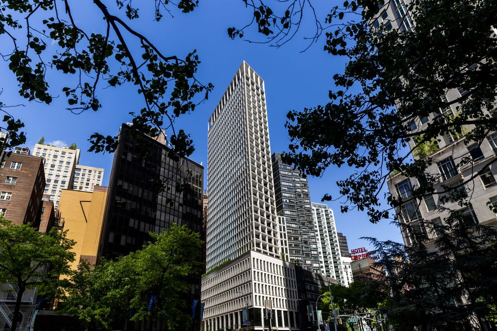 Billionaires' Row Neighbor Touted as NYC Bargain by Developer