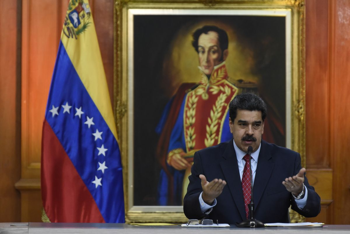 Maduro Starts Talks With Venezuelan Parties Not Linked to Guaido