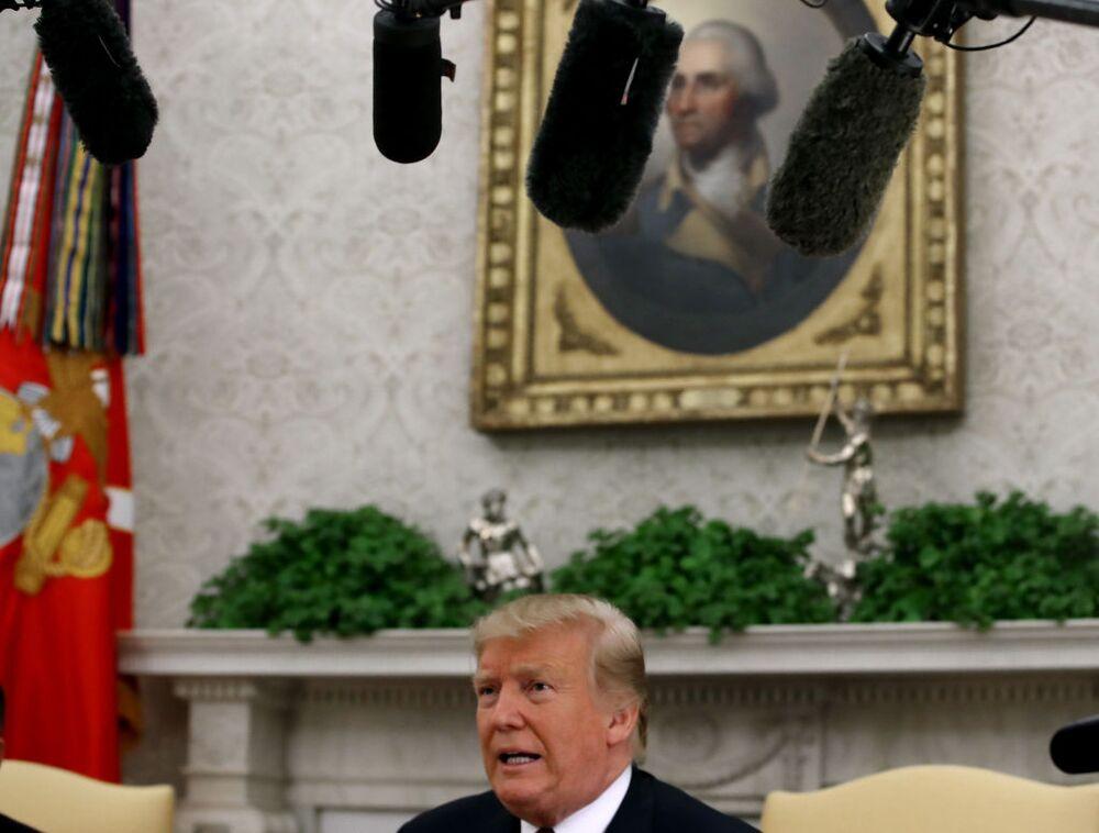 Democrats Should Keep Impeachment Threat Hanging Over Trump
