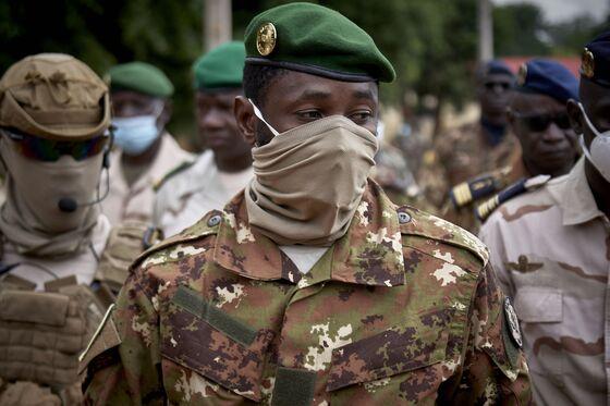 Mali Defies Regional Bloc to Name Junta Leader Interim President